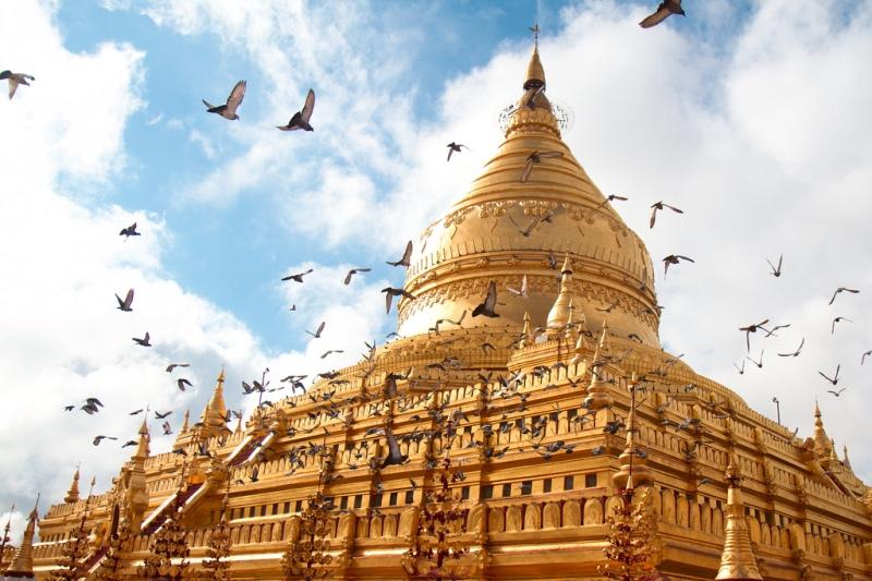 Bagan_Shwezigon Pagoda_Stefan Munder_Flickr