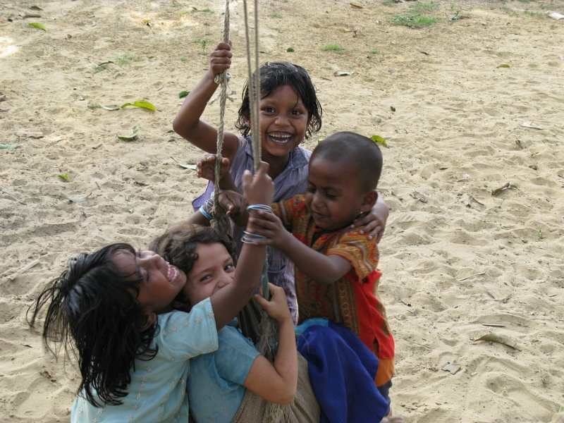 Rohingya children in the Nayapara refugee camp (Austcare Flickr)