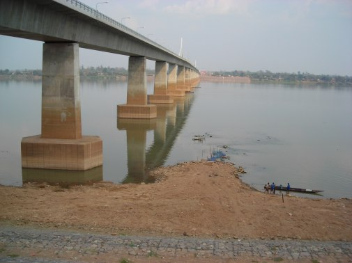 Second_Thai–Lao_Friendship_Bridge
