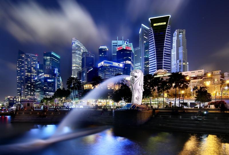 The_Singapore_Merlion_at_the_Bay_(8583847569)