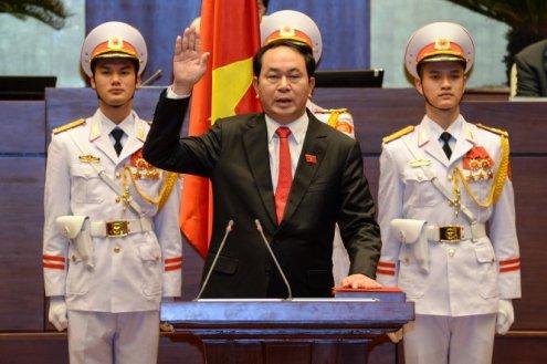 Tran_Dai_Quang_inauguration_4_April_2016