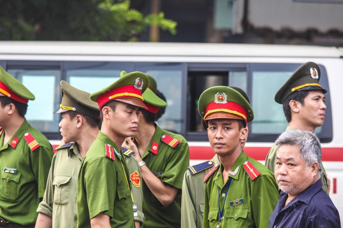 索賄貪腐與網媒傳播 越南警察形象難重整