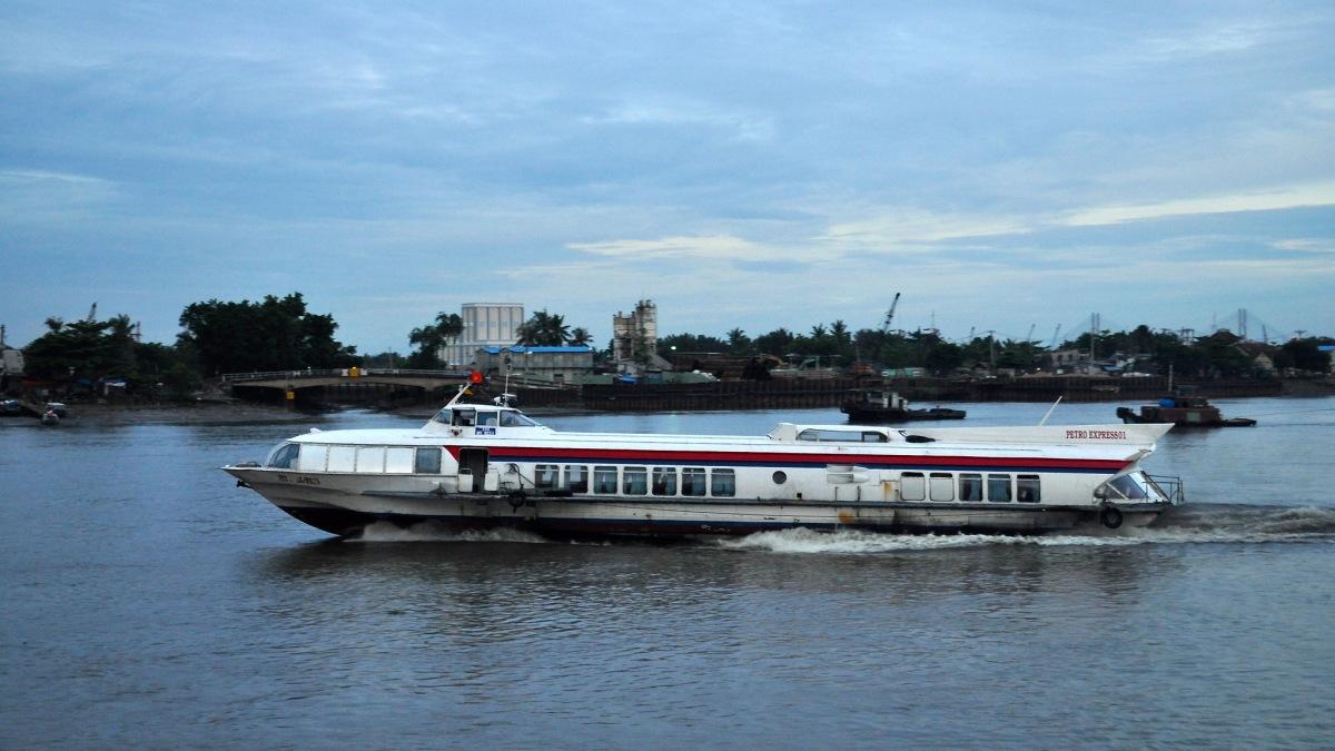 越南第一條水上巴士正式開航 或有助緩解胡志明交通壅塞