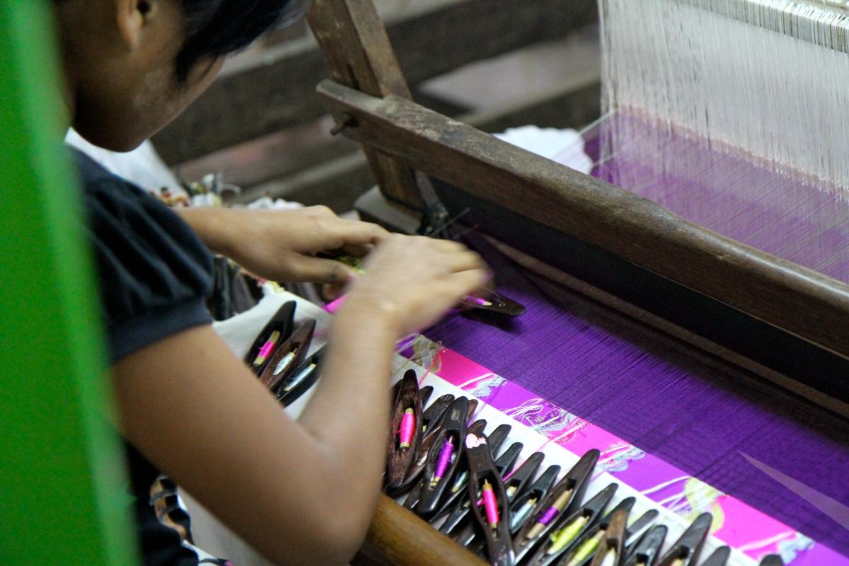 緬甸首度調漲每日基本工資