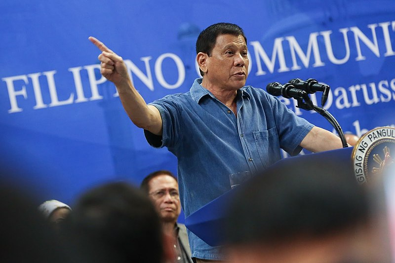 800px-President_Rodrigo_Duterte_addressing_Filipino_community_in_Brunei