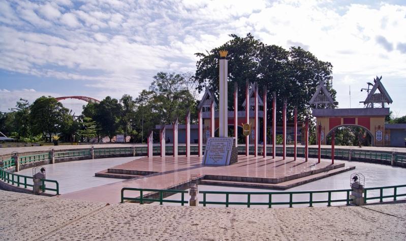 Tugu_Sukarno_Palangkaraya