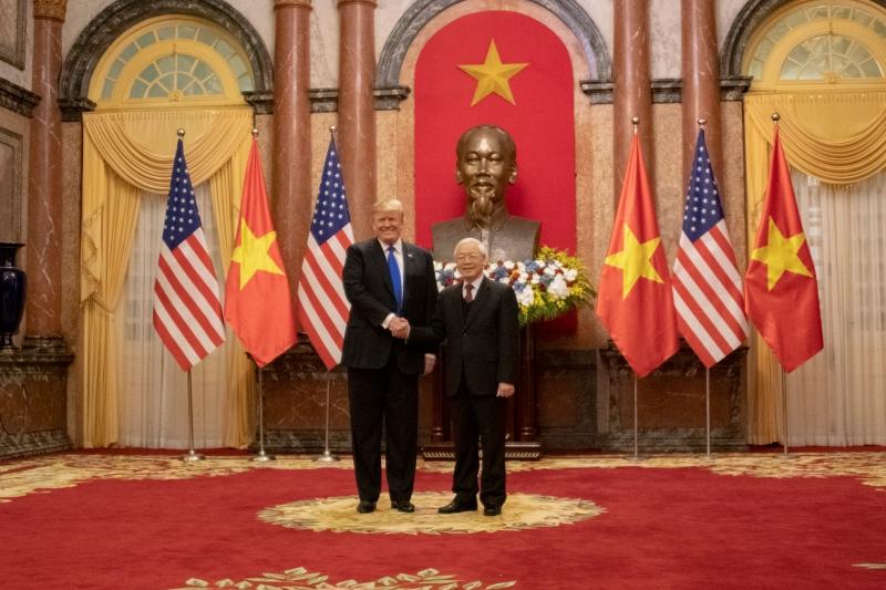 Secretary_Pompeo_Joins_President_Trump_in_Meetings_with_Vietnamese_President_Nguyễn_Phú_Trọng_(32283463547).jpg
